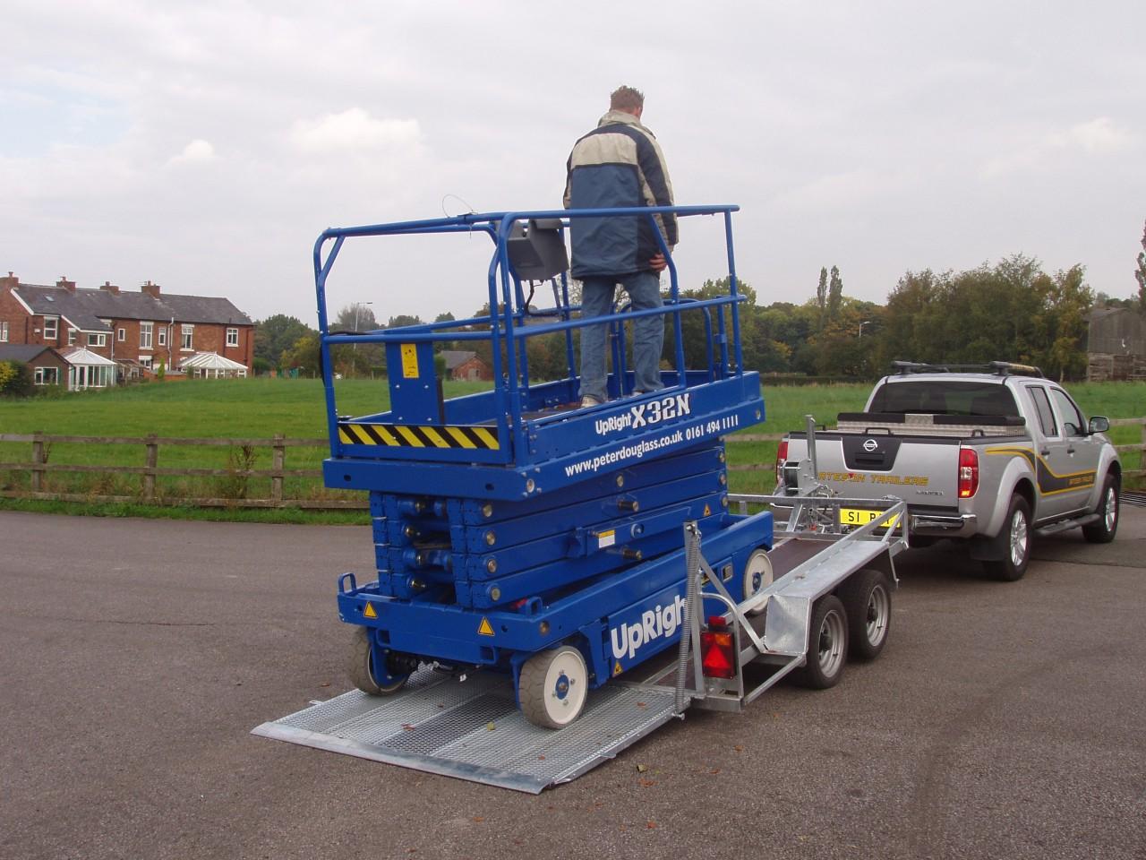 Hydraulic Lift Trailers Sales : Tp hydraulic tilt plant trailer bateson trailers