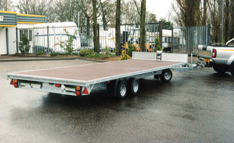 Turntable transporter trailer bateson trailers for Car turntable plans