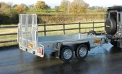 1054 General purpose trailer with ramp door