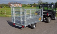 520 with Optional Mesh Sides and Ramp door