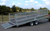"""3550 with optional 12"""" sides mesh extension sides and hydraulic tilt"""