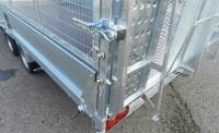 AT mesh sides, door lock