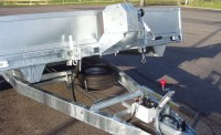 2T winch and bracket complete with headboard trailer tilted